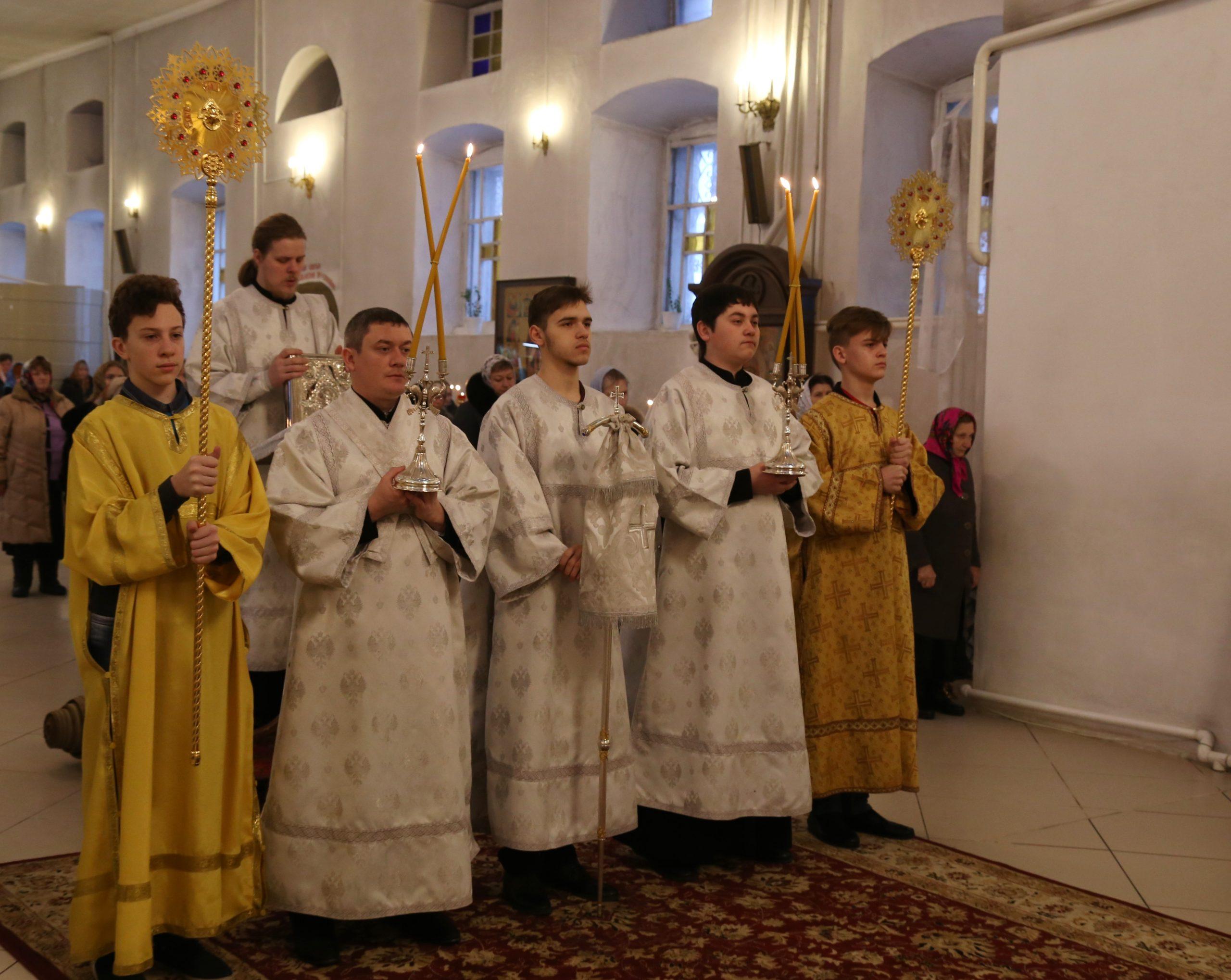 подчеркнуть, поздравление с днем епископской хиротонии поверить